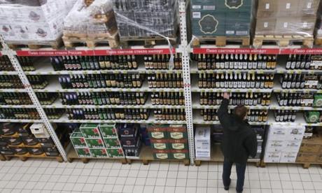 Nga sẽ bãi bỏ lệnh cấm bán rượu gần trường học?