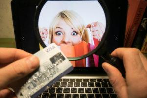 Chuyên gia khuyên người tiêu dùng nên thận trọng trước hàng khuyến mại