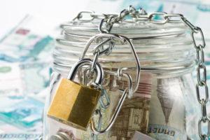 Ngày càng nhiều người Nga chọn gửi tiền tiết kiệm bằng đồng rúp