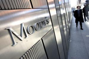 """Moody's đã nâng dự báo hệ thống ngân hàng Nga lên mức """"ổn định"""""""